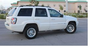 Runs Good 2004 Jeep Grand Cherokee AWDWheels for Sale in Fort Worth, TX
