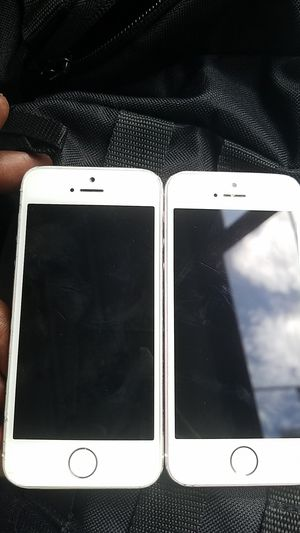2 Locked iPhone 5 for Sale in West Palm Beach, FL