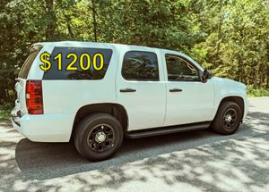 $12OO URGENT SELLING 2012 Chevrolet Tahoe LS Clean tittle! runs and drives great,no issues! for Sale in Tampa, FL
