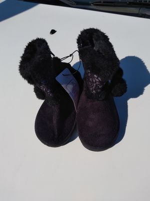 Girls winter booties size 8 color black new tags for Sale in Anderson, MO