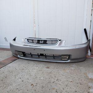 96-98 EK Civic Front Bumper for Sale in Los Angeles, CA