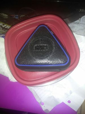 Water proof Bluetooth speaker for Sale in Washington, DC