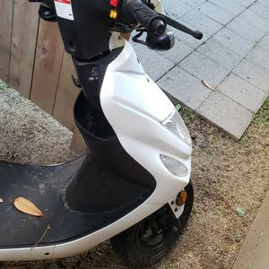 49cc 2020 Chicago Go Moped (Like New) for Sale in Portland, OR