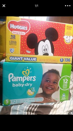 Two boxes of huggies size 5 for Sale in Benicia, CA