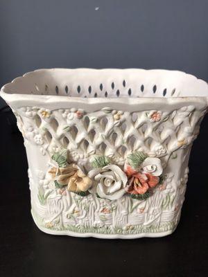 Victorian Collect Porcelain Vase for Sale in Ashburn, VA