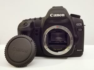 Canon 5D Mark 2 for Sale in Seattle, WA