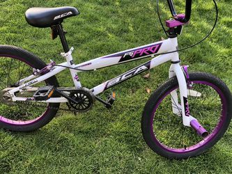 "Girls 20"" Bmx Bike for Sale in Tigard,  OR"