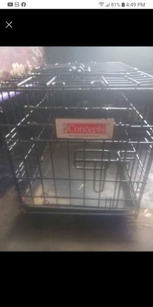 SMALL DOG CRATE FOR 30 for Sale in Detroit, MI