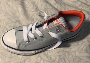 Size 3 juniors Converse street Ox sneaker for Sale in Diamond Bar, CA