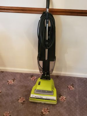 HOOVER HEAVY DUTY COMMERCIAL BAGLESS VACUUM CLEANER GREAT SHAPE!! for Sale in Glassboro, NJ