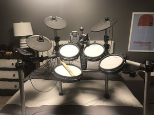 Simmons ssd550 electronic drum set for Sale in Austin, TX