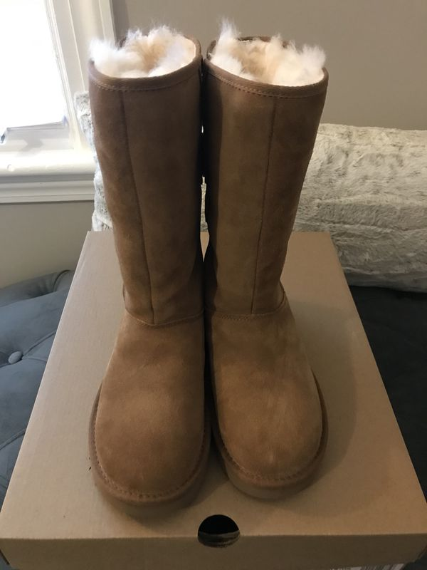 96498f09d50 FLASH SALE Ugg Women's Allegra Bow ll Size 5/Chestnut Color for Sale in  Beverly Hills, CA - OfferUp