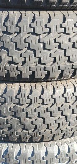 235/75r15 Goodyear Tires En Exelentes Condiciones De Vida Las 4 for Sale in Lakewood,  CA