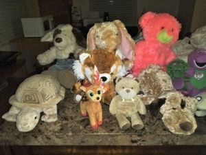 Assortment of stuffed plushie bundles for Sale in MONTGMRY, IL