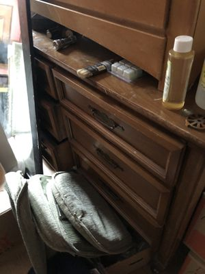 2 dressers,entertainment center,two end tables, cheap must go, Miami Springs for Sale in Miami Springs, FL