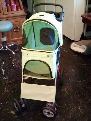 Dog stroller for Sale in Newark, NJ