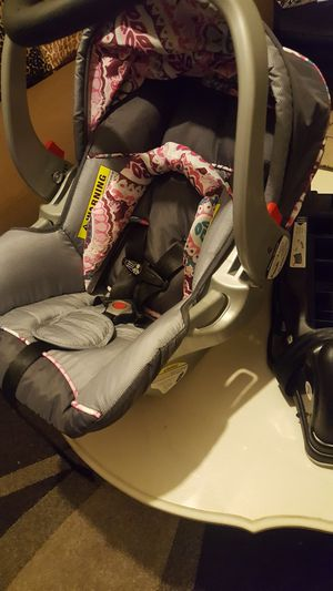 Infant car seat Brand new for Sale in Ontario, CA