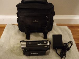 Cannon camcorder with case for Sale in Nashville, TN