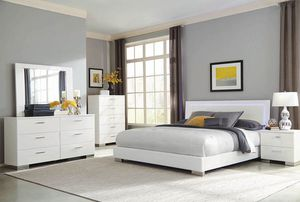 Beautiful Queen Bedroom set Bed + Dresses + Mirror + Night stand (JUST $54 DOWN) for Sale in Dallas, TX