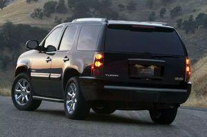 GMC OR CHEVY Back Bumper '07 thru '13 for Sale in Miami, FL