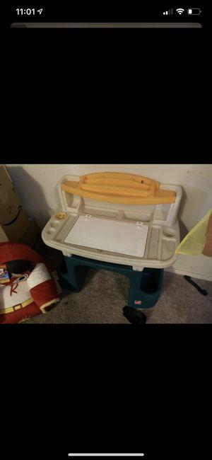 Kids desk for Sale in Goodyear, AZ