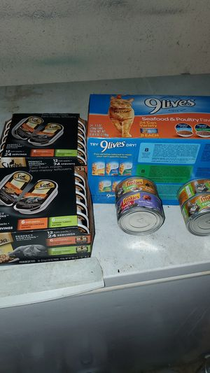 Sheba perfect portion, 9 lives seafood &poultry 24 cans,friskies 4cans for Sale in Oklahoma City, OK