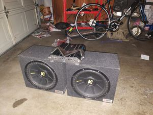 12in Kicker Subwoofers with after market 2000watt AMP for Sale in San Francisco, CA