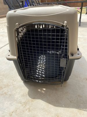 Large dog crate for Sale in Reedley, CA
