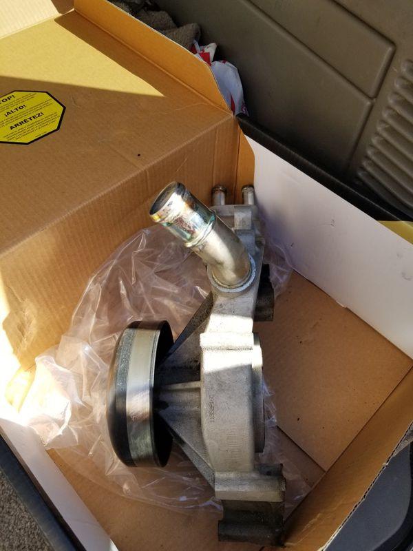 Used GMC Yukon XL Water Pump