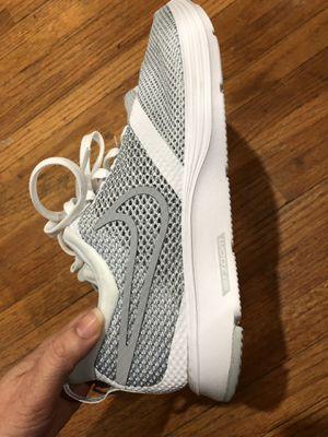nike women shoes sizw 7.5 for Sale in Wichita, KS