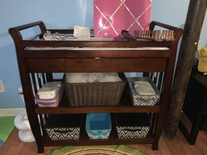 Changing table with drawer for Sale in Tucker, GA