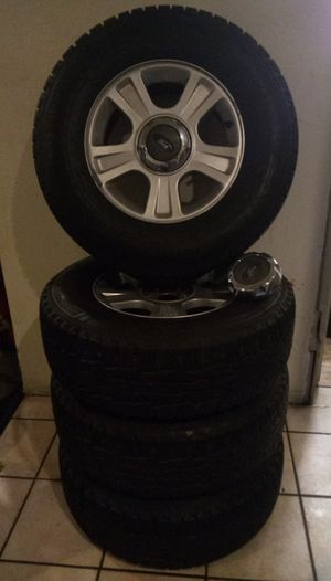 Ford explorer rims&tires 245/70/R16 for Sale in Riverside, CA