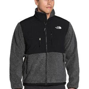 The North Face Fleece Jacket for Sale in Arlington, WA