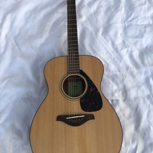 Yamaha FS 800 Acoustic Guitar for Sale in Fremont, CA