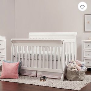 Kids Crib Bed Convertible for Sale in Miami, FL