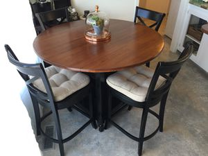 Kitchen table & 4 chairs for Sale in MONTE VISTA, CA