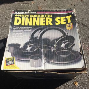 Camping cookware 4 person for Sale in Clearwater, FL