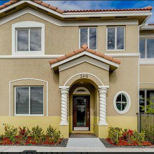 Villas A La Venta for Sale in Miami Springs, FL