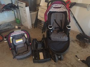 Graco car seat, base, and stroller. for Sale in Arlington, TX