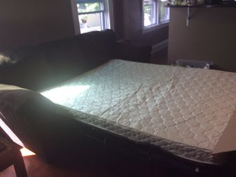 Sleeper Sofa / Pull Out Couch for Sale in Cleveland,  OH