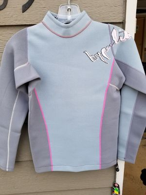 Hyperlite Wet suit Top for Sale in Cashmere, WA