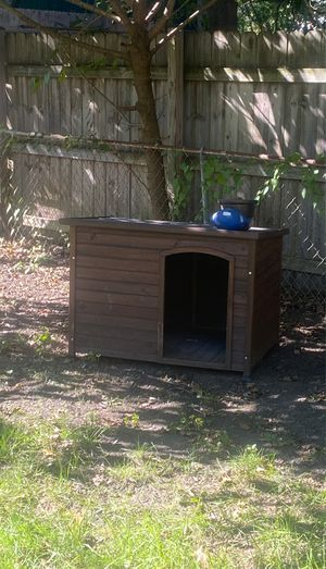 Pet smart dog house small or medium dog for Sale in Bowie, MD