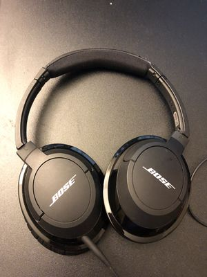 Bose on-ear headphones (Bluetooth option) for Sale in Kirkland, WA