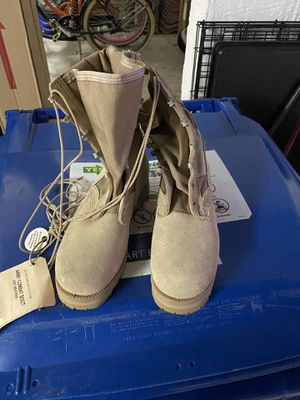 Wellco military boots (women) for Sale in Pompano Beach, FL