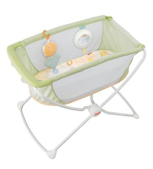 New(Open Box) Fisher-Price Rock With Me Bassinet X7757 for Sale in Las Vegas, NV