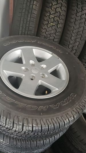 Jeep wrangler wheels and tires for Sale in Colton, CA