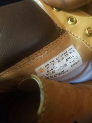 Women's size 11 timberland boots for Sale in Washington, DC