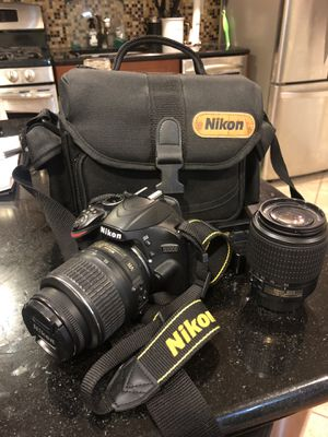 LIKE NEW Nikon D3200 DSLR for Sale in Jersey City, NJ