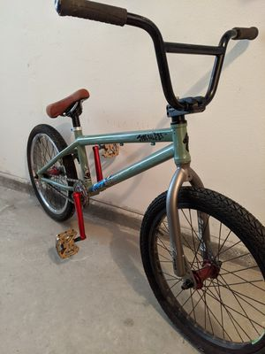 Specialized BMX - fuse 4 for Sale in San Diego, CA