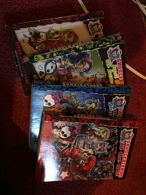 Monster high 4 books for Sale in Compton, CA
